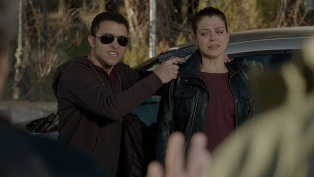 Hakim dispara a Quílez y toma a Mati como rehén