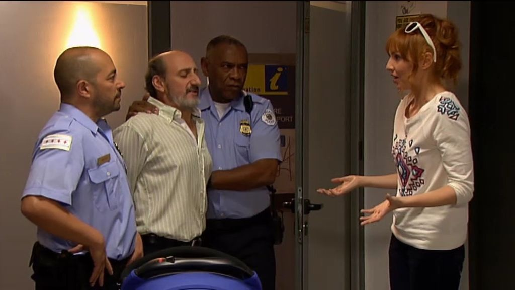 El encuentro fortuito de Judith, Enrique y su hijo Dylan en el aeropuerto de Chicago