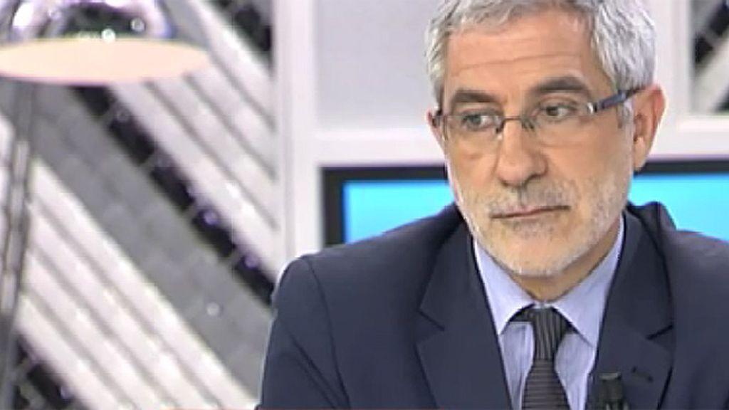 """Gaspar Llamazares: """"Niego que estemos saliendo de la crisis"""""""