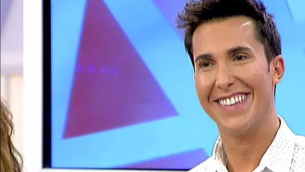 Omar Suárez recopila sus anécdotas con los famosos en 'Soy un reportero en apuros'