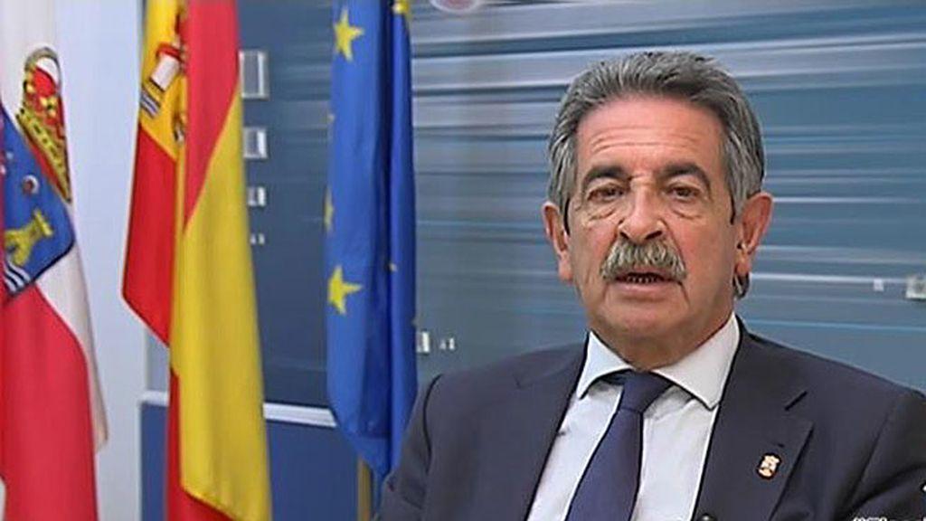 """Revilla: """"Rajoy ha ganado merecidamente que todos estén en su contra"""""""