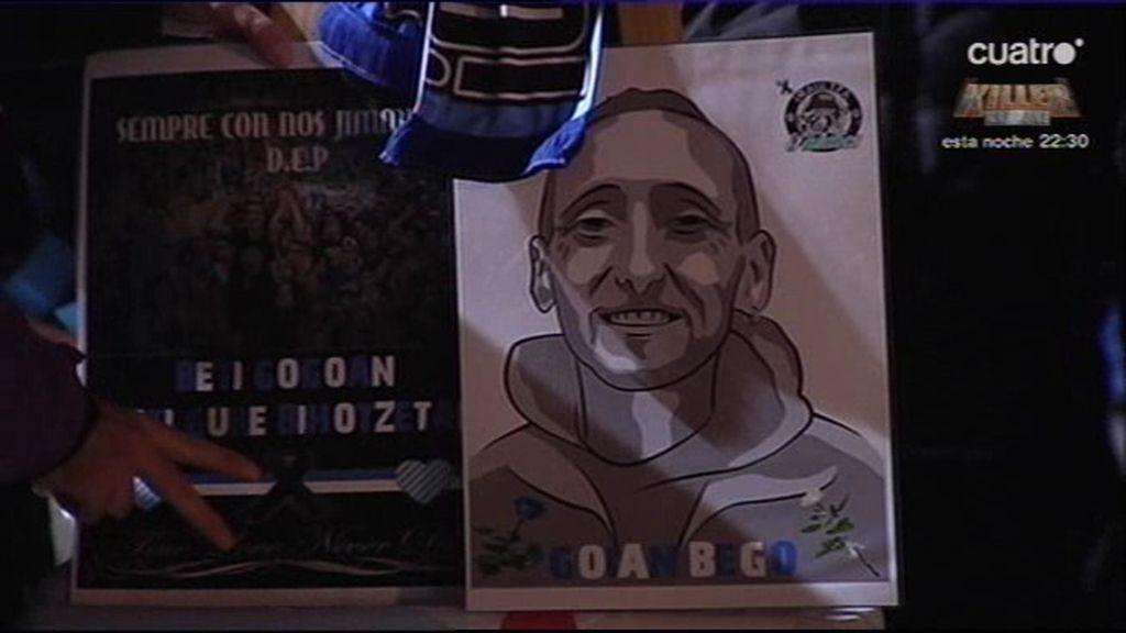 Los ultras del Alavés rinden homenaje a Jimmy antes del partido de Copa del Rey