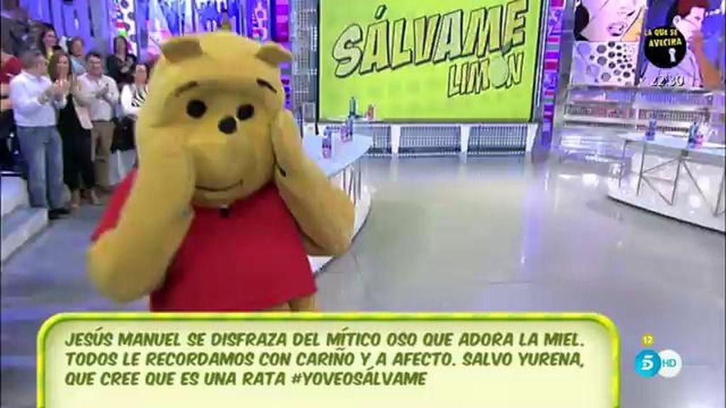 ¿Qué es eso, una rata o un oso? ¡Es Jesús Manuel 'the Pooh' en 'Sálvame'!