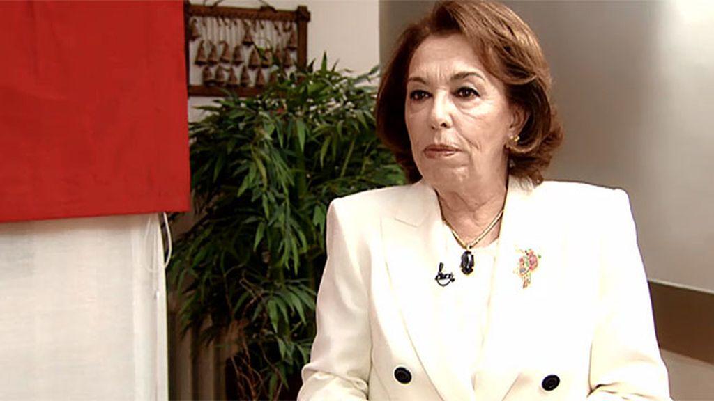 La prestigiosa esteticista Carmen Navarro se interesa por los productos de 'Sea Skin'