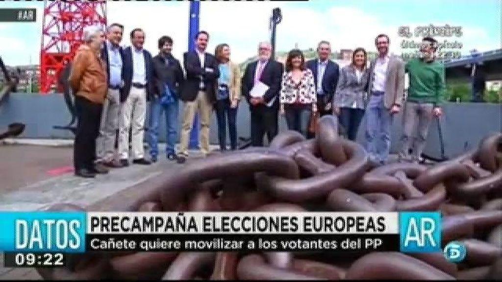 """Elena Valenciano: """"La jefa políltica del señor Cañete es Merkel"""""""