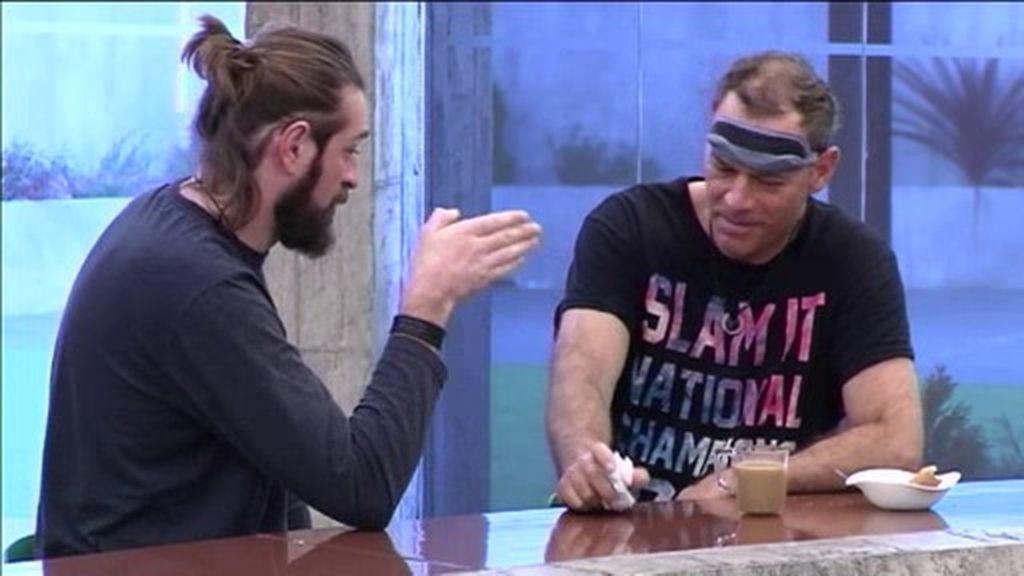 """Julius se harta de Carlos Lozano: """"Dice las cosas en tono de humor, pero las lanza"""""""