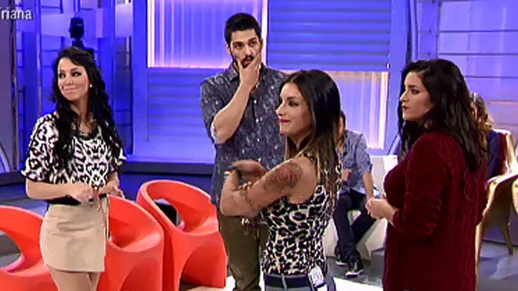 Isaac se despide de Raquel, Bea y Amanda