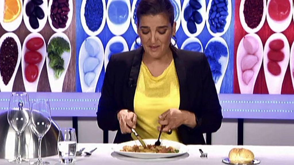 """María Jiménez Latorre, sobre el rostit de alitas fiesteras: """"El plato nada en aceite"""""""