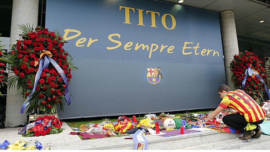 'Para siempre, Tito': Así fue el adiós masivo a Tito Vilanova en el Camp Nou