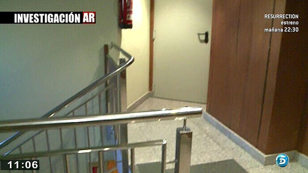 Los investigadores localizan fotos y recortes de I. Carrasco y un arma en casa de Triana