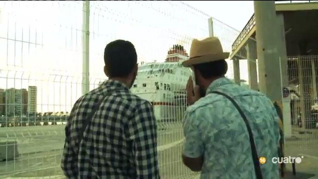 95 horas en coche, 33 horas a pie: La crisis migratoria también llega al sur de España