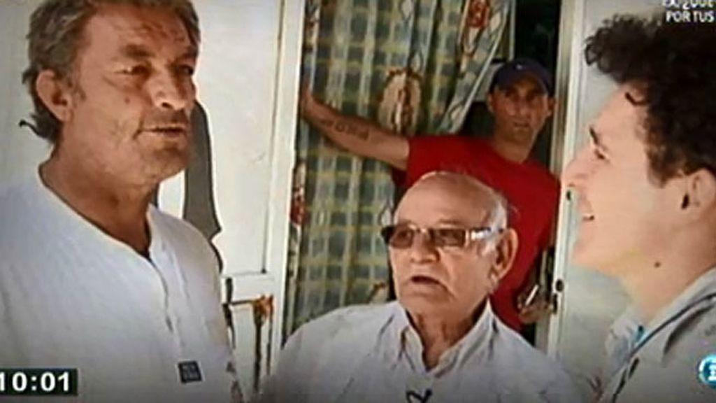 Rabaneda acompaña a Cipriano a un poblado chabolista
