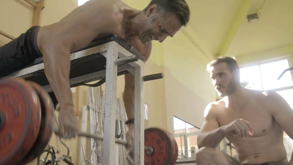 ¡Al límite! Rafa intenta seguir el brutal ritmo de entrenamiento de Saúl Craviotto