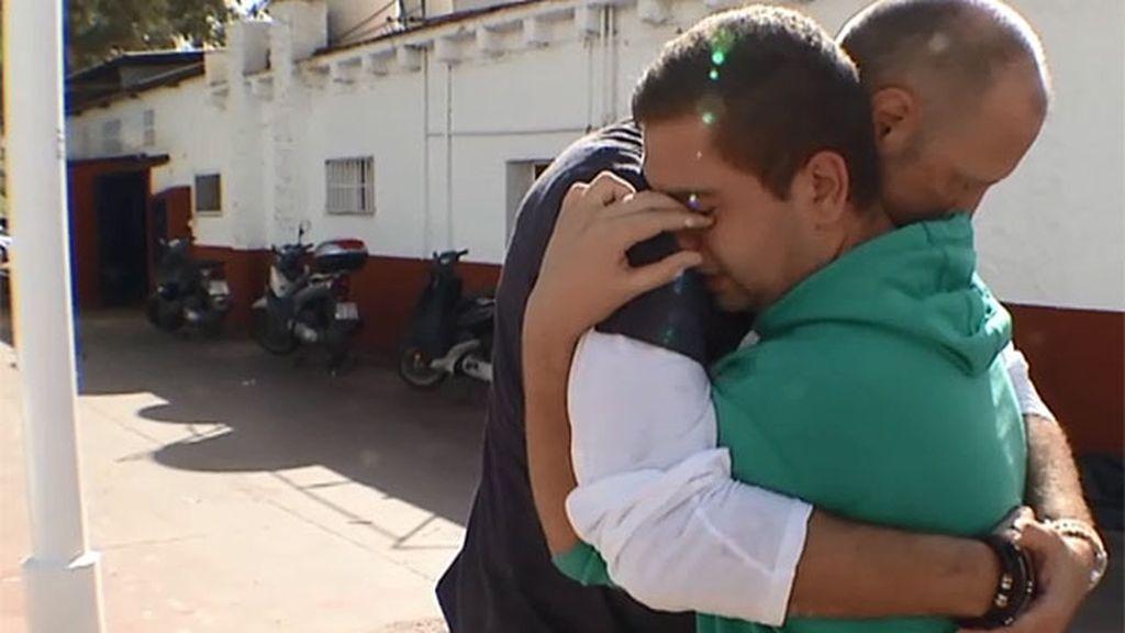 """Diego: """"Mi madre sigue esforzándose aunque no pueda, siempre ha estado ahí"""""""