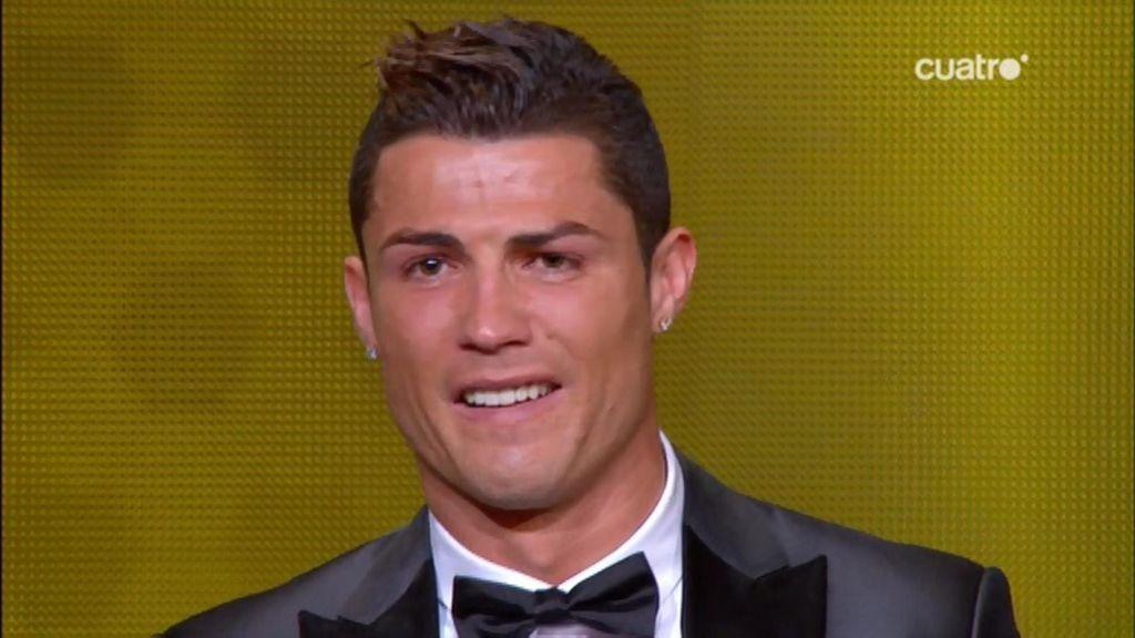 El momento más emotivo de Cristiano Ronaldo al recibir el Balón de Oro