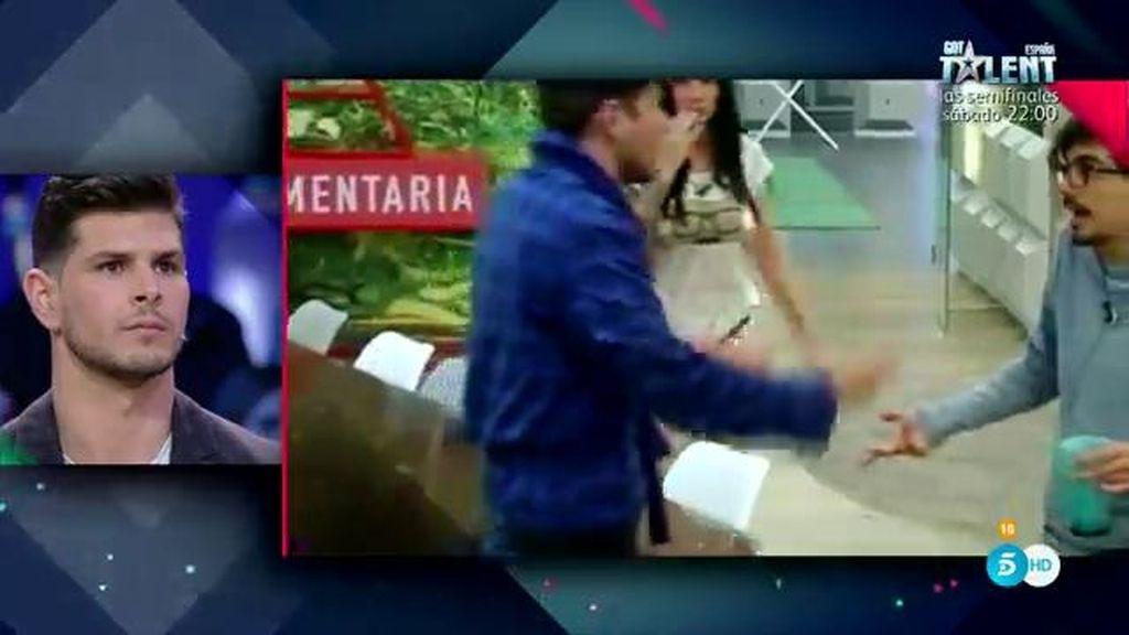 """Alejandro carga contra Dani Santos: """"Parece el Jorobado de Notre Dame con gafas"""""""