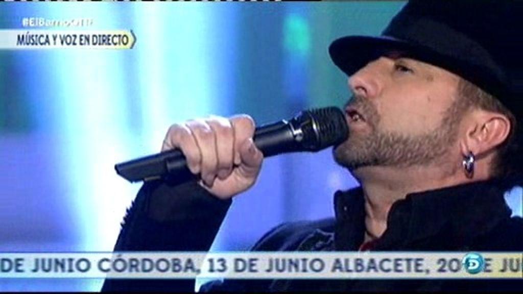 'El Barrio' interpreta en primicia su tema 'Señor zapatones' en QTTF
