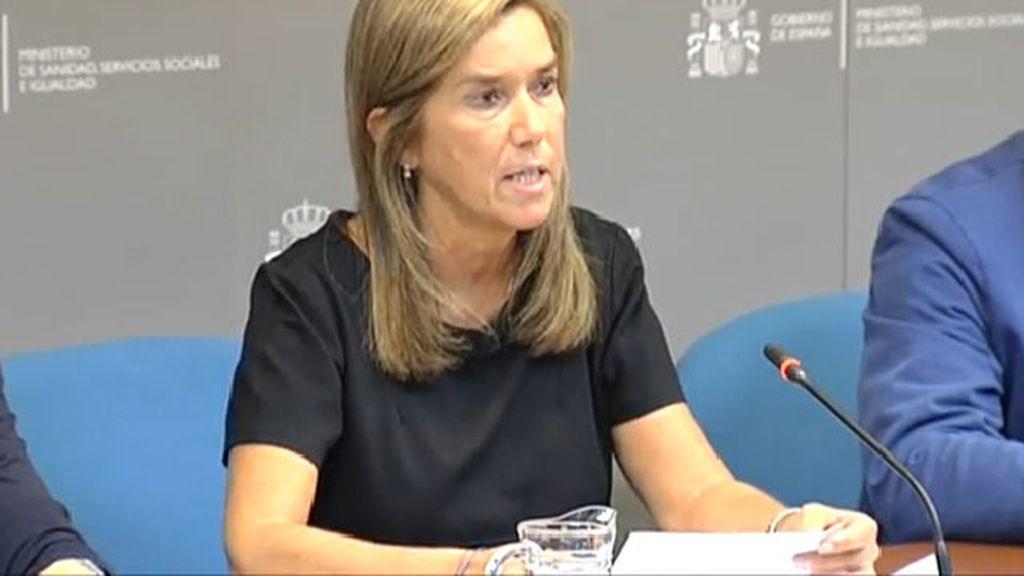 La oposición recrimina a Ana Mato la gestión de la crisis del ébola