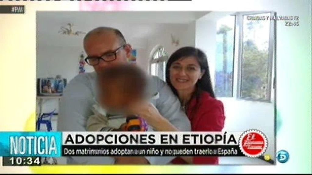 Las familias españolas que han adoptado en Etiopía tienen que entregar a sus hijos hoy