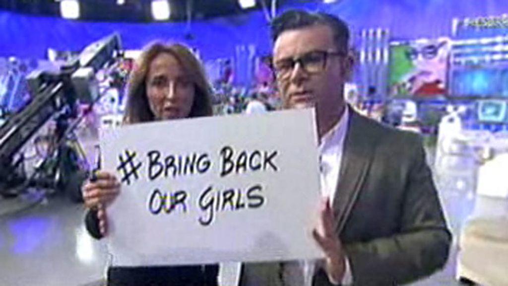'Sálvame' también pide la liberación de las 200 niñas secuestradas
