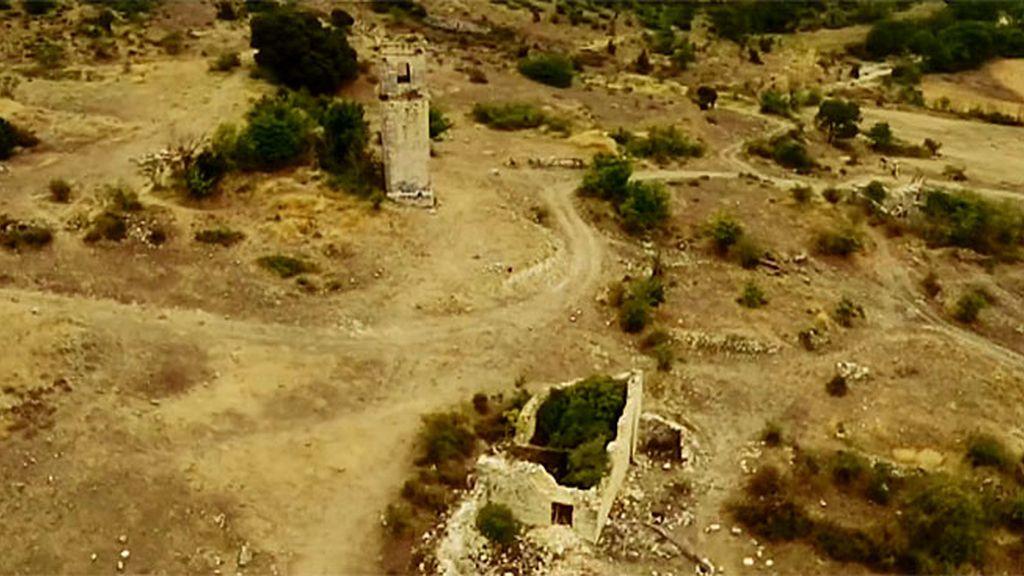 El pueblo fantasma de Ochate, visto desde el aire con el dron de 'Cuarto Milenio'
