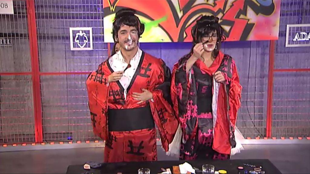 ¡Los colaboradores se pintan de geishas!