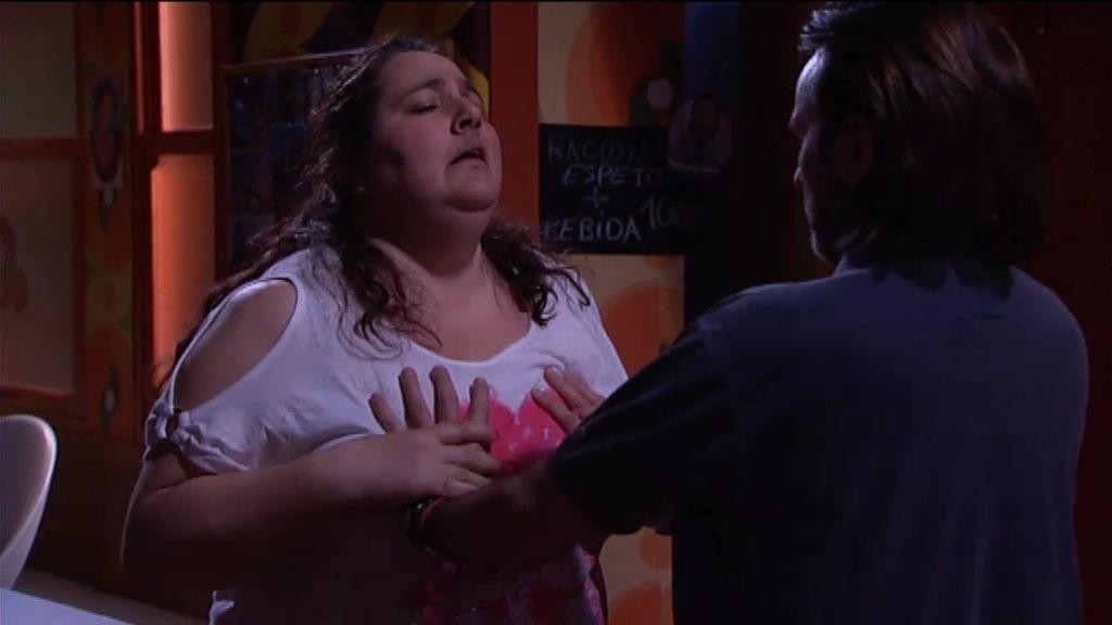 Fermín y Raluka echan un 'pinchito' en el bar