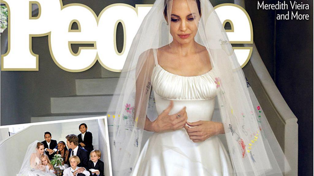 el vestido de novia de angelina jolie, con dibujos de sus seis hijos