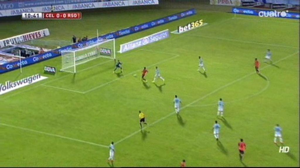 Apareció Sergio para evitar el primer gol de la Real cuando Xabi Prieto casi lo celebraba