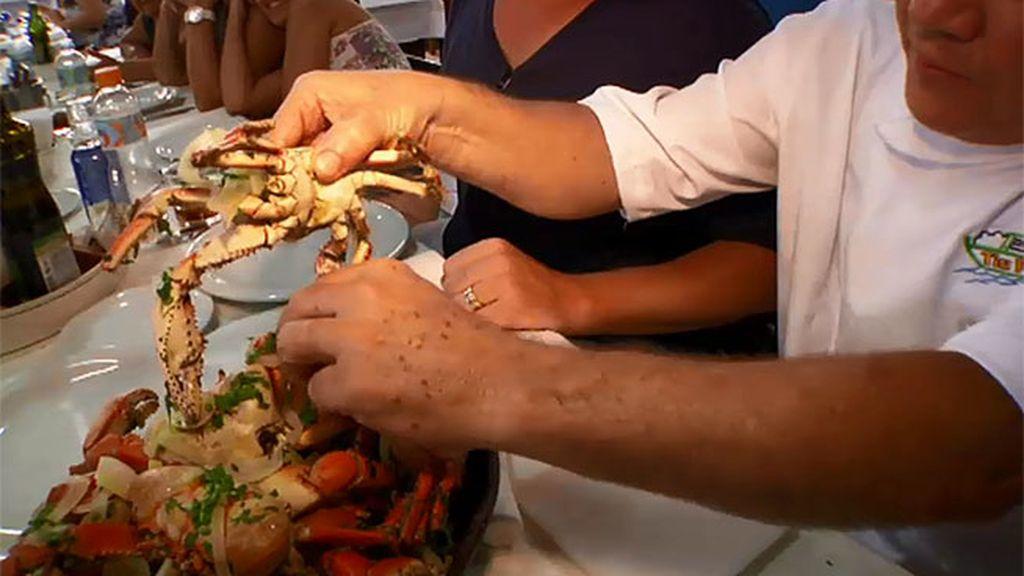 Visitamos la 'Cantinho da tia Penha' para degustar cangrejos