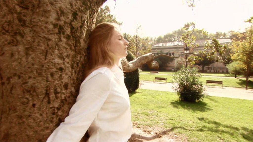 "Janet: ""Me encanta  bañarme en ríos, escuchar a los animales, abrazar árboles…."""