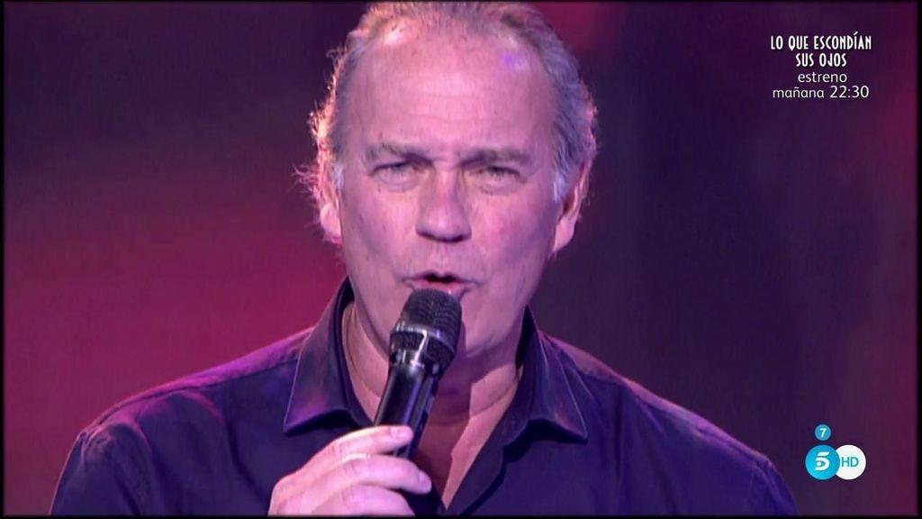 Bertín Obsorne nos canta 'Clara', una canción de su nuevo disco