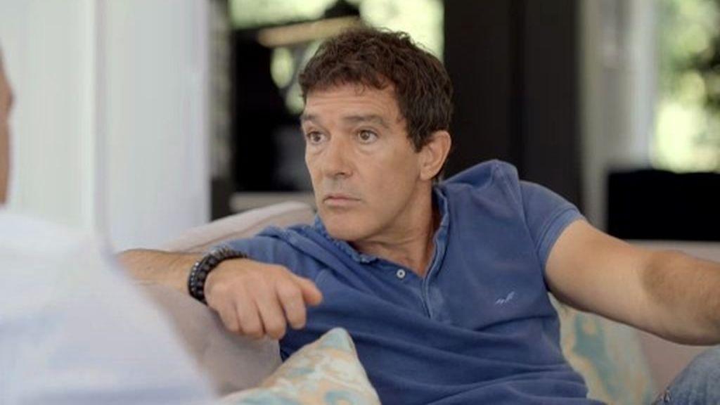 """Así conoció Banderas a Almodóvar: """"Tienes una cara muy romántica, deberías hacer cine"""""""