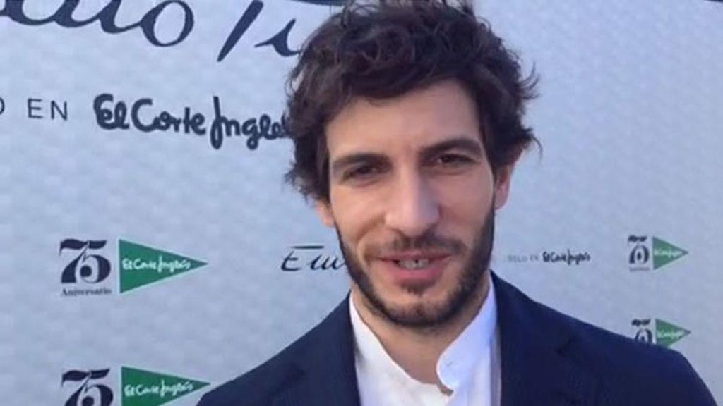 """Quim Gutiérrez: """"Mezclo ropa carísima con otra de rastrillo que robo a mi madre"""""""