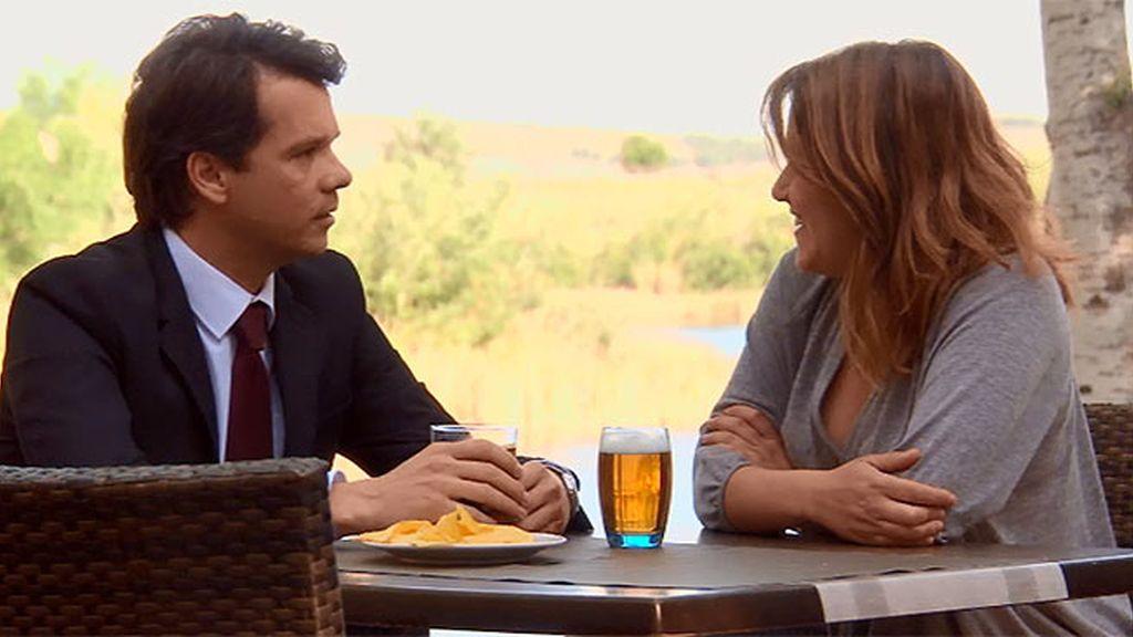 La cita más rápida: Lucía conoce a un divorciado en el seminario de solteros