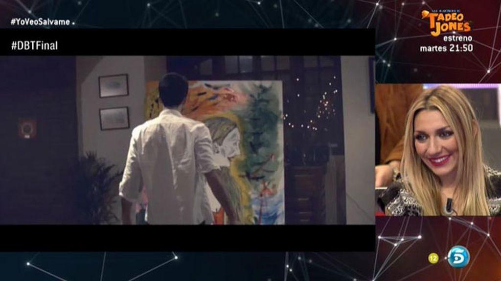 Luis se vuelve un artista y pinta a Paula en un vídeo que graba exclusivamente para ella
