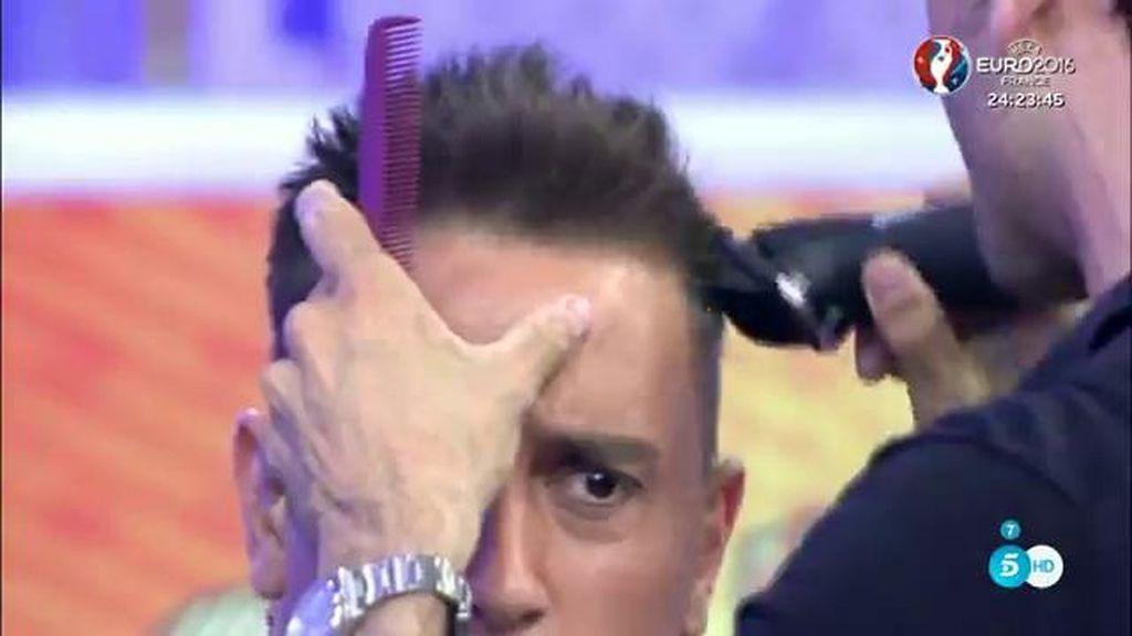 Kiko Hernández se rapa el pelo por culpa de Joana Morillas