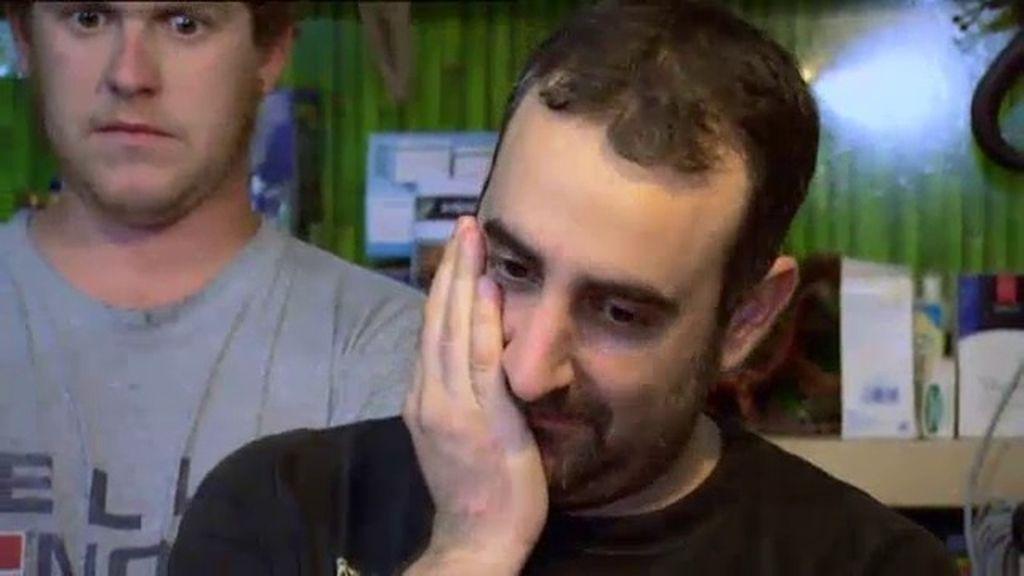 Dani se derrumba al escuchar la opinión de los clientes sobre su tienda