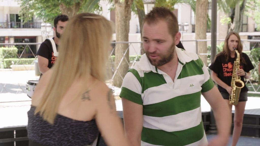 Los gritos y los reproches hacen imposible la comunicación entre Daniel y Mónica
