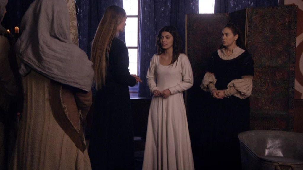 Julieta Capuleto, obligada por sus padres a casarse con el Príncipe Escalus