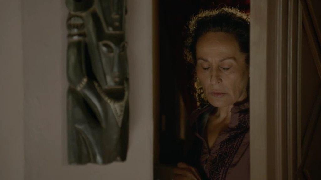 La madre de Fátima descubre que su hija mantiene una aventura con Morey