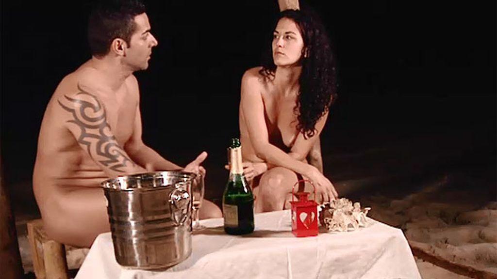 Cena romántica: Chari desconfía de Iñaki