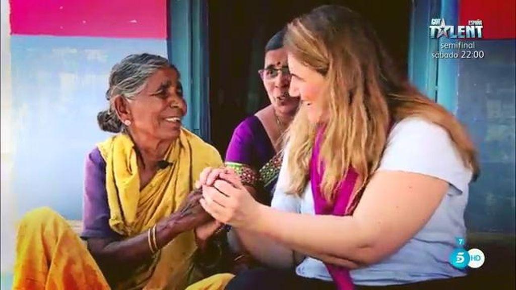 Carlota Corredera, en India con la Fundación Vicente Ferrer