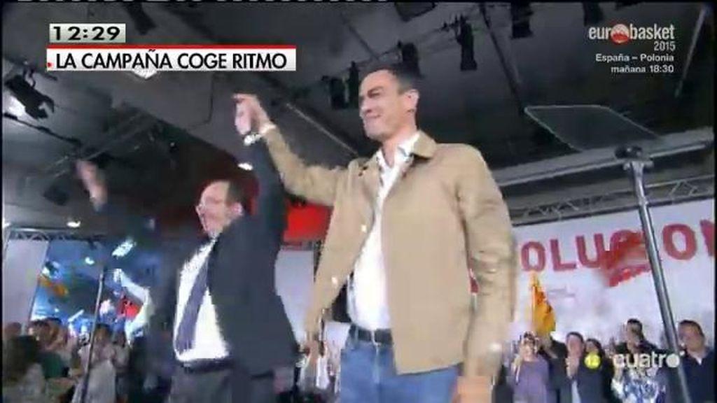 Iceta canta y baila en el acto de inicio de campaña del 27-S