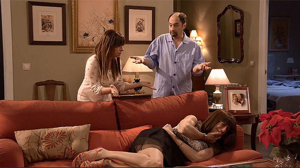 """Antonio, tras la noche romántica de Teodoro y Alba: """"No le ha gustado el juju postizo"""""""