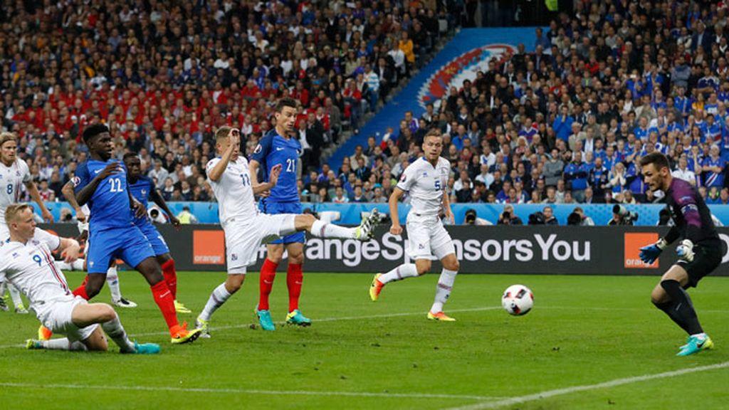 ¡Gol de Islandia! No se rinden los islandeses y Sigthórsson marca el primero (4-1)