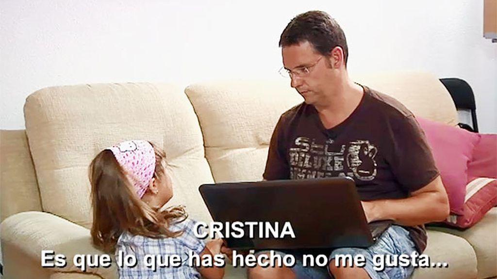 Juan Manuel ignora el comportamiento inadecuado de Cristina