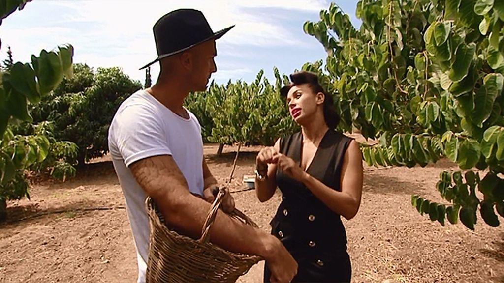 Borja y Yiya, entre aguacates y mangos