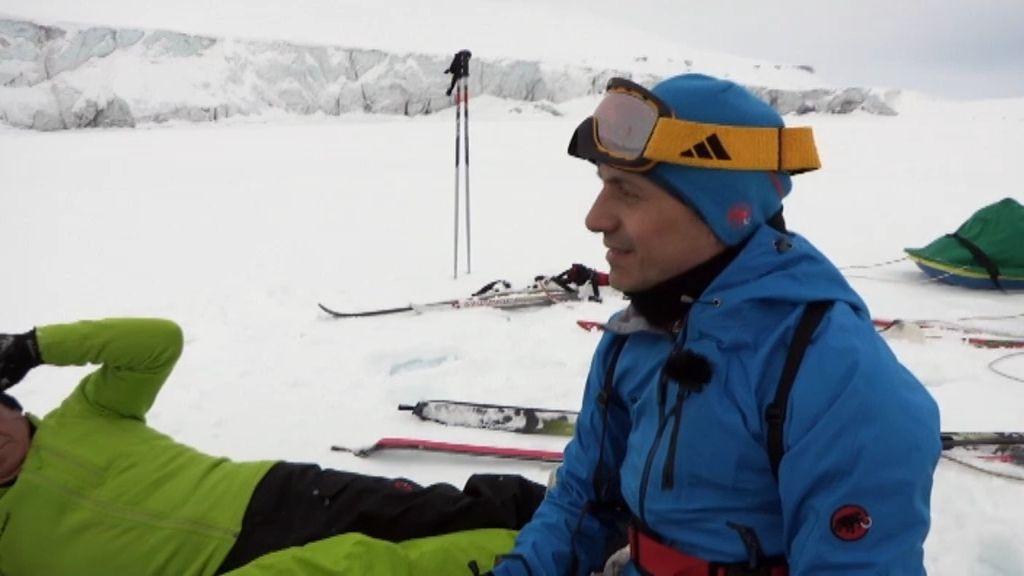 José Mota se emociona al llegar al glaciar