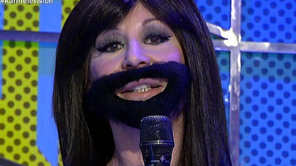 Karmele Marchante se convierte en Conchita Wurst, la ganadora de Eurovisión 2014